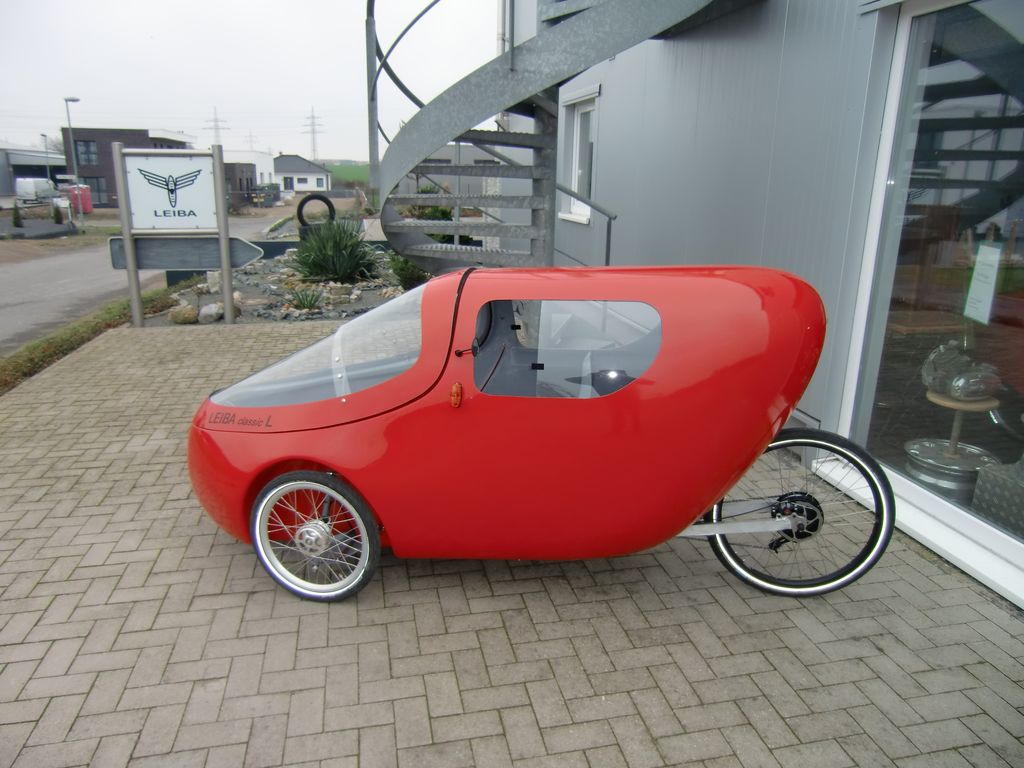 Leiba Classic L velomobile for two with rear seat and cargo space