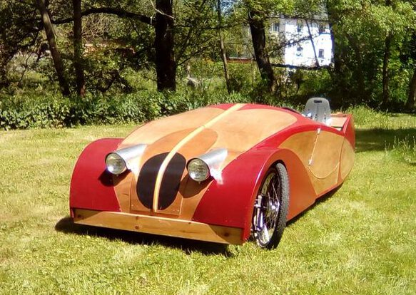 foto of Plycar sociable tandem velomobile two seater with cargo space - pedal car quadricycle recumbent bicycle