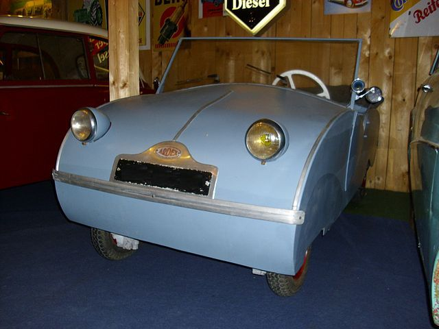 foto of later Ardex cyclecar voiturette motorized version post-war microcar